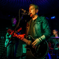 Phil Short, vocals and guitar, Sonic Cartel, rock band, original new music